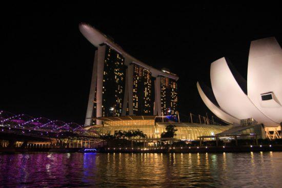 MBAランキング2019が高いのに学費が安いシンガポール3校