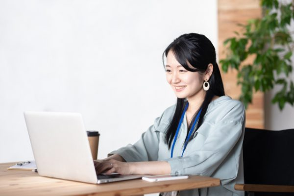 MBA出願エッセイ対策に効果的な4つ(自己分析、スクール調査他)